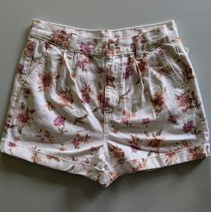 NEW American Eagle floral denim mom shorts